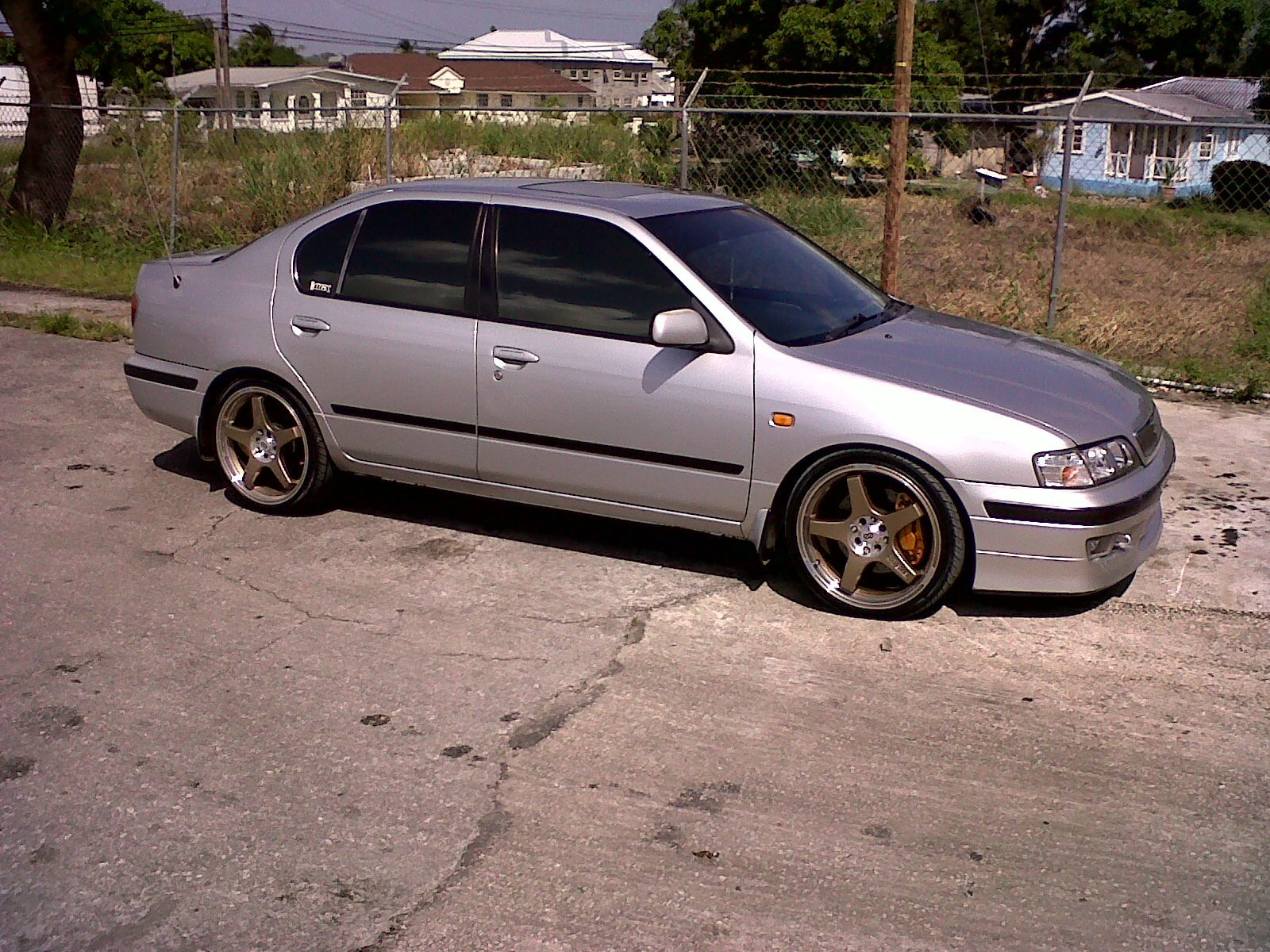 2000 Infiniti G20 4 Dr Touring Sedan picture