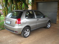 2005 FIAT Palio Picture Gallery