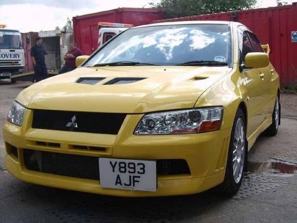 Picture of 2001 Mitsubishi Lancer Evolution