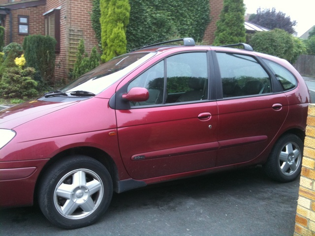 Picture of 2002 Renault Scenic