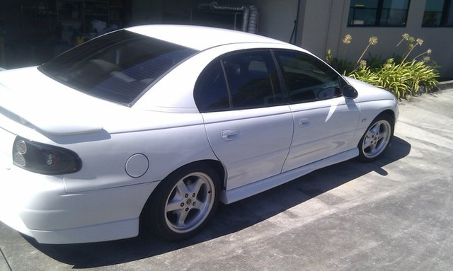 Picture of 1997 Holden Commodore