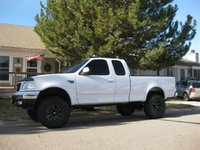 2000 Ford F-150 XLT 4WD Extended Cab SB, 2000 Ford F-150 4 Dr XLT 4WD Extended Cab SB picture, exterior