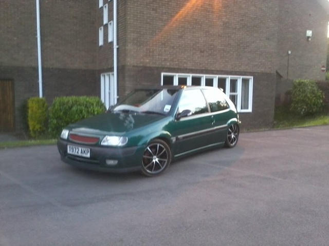 Picture of 1997 Citroen Saxo