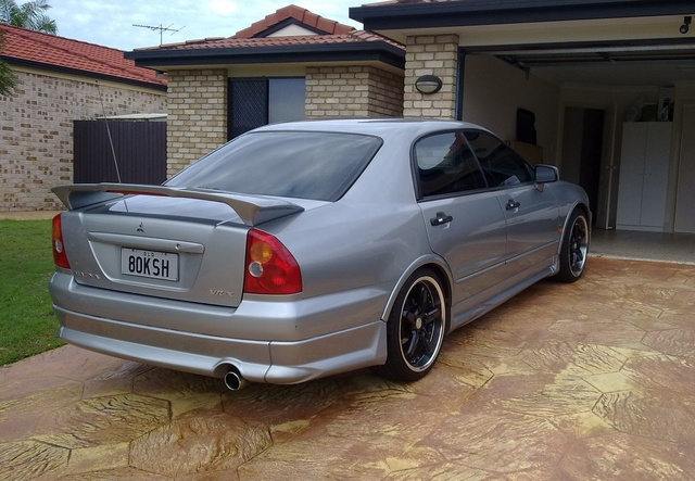 Picture of 2002 Mitsubishi Magna, exterior, gallery_worthy