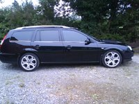 2004 Ford Galaxy Overview