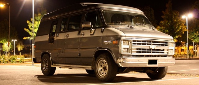 Picture of 1990 Chevrolet Chevy Van
