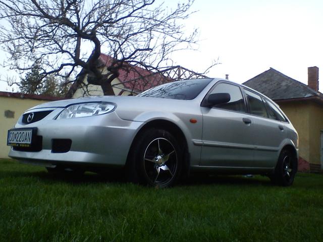 Picture of 2001 Mazda 323, exterior