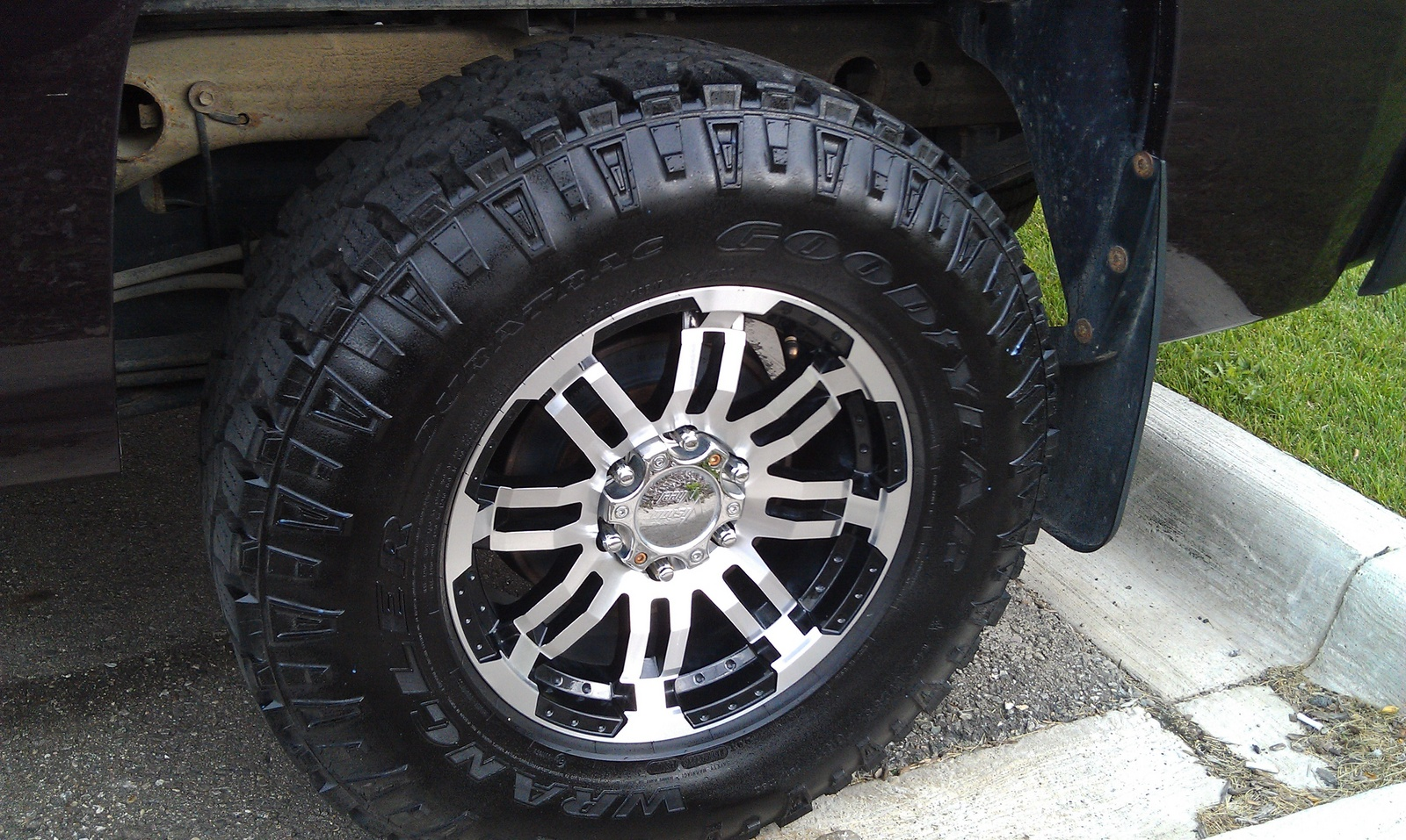 f250 largest tire size ford truck enthusiasts forums autos post. Black Bedroom Furniture Sets. Home Design Ideas