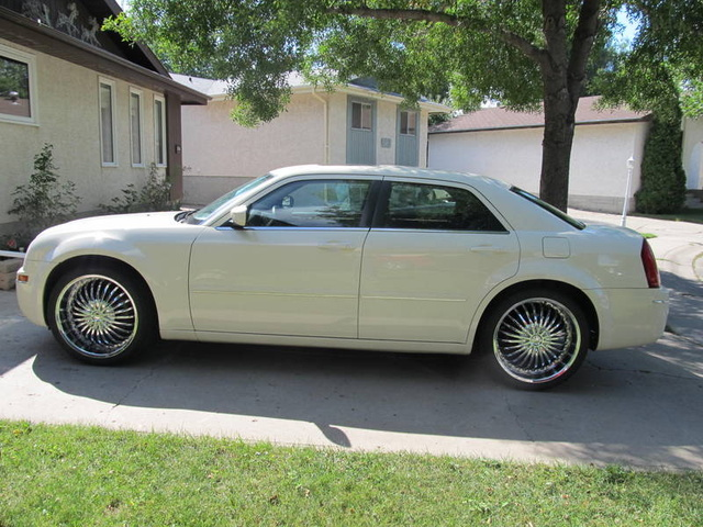 Picture of 2005 Chrysler 300 Limited RWD, exterior, gallery_worthy