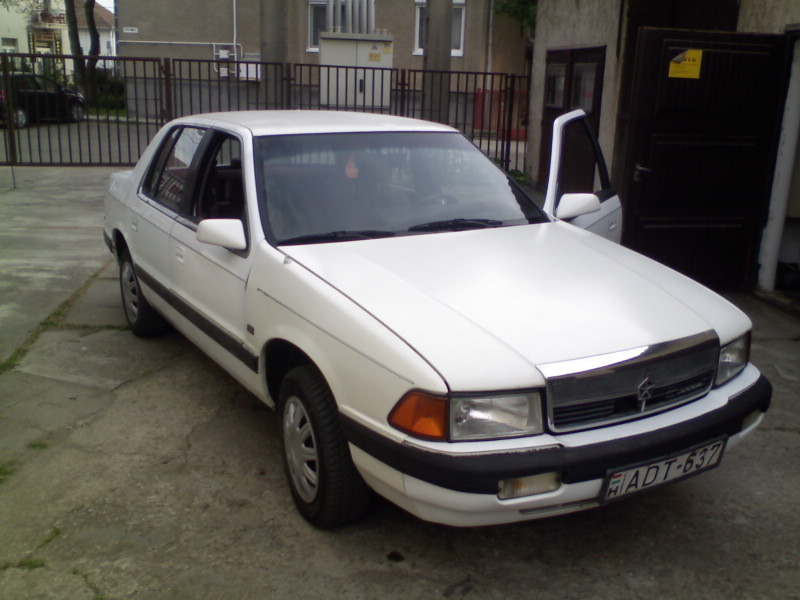 1990 Dodge Spirit 4 Dr LE Sedan picture, exterior