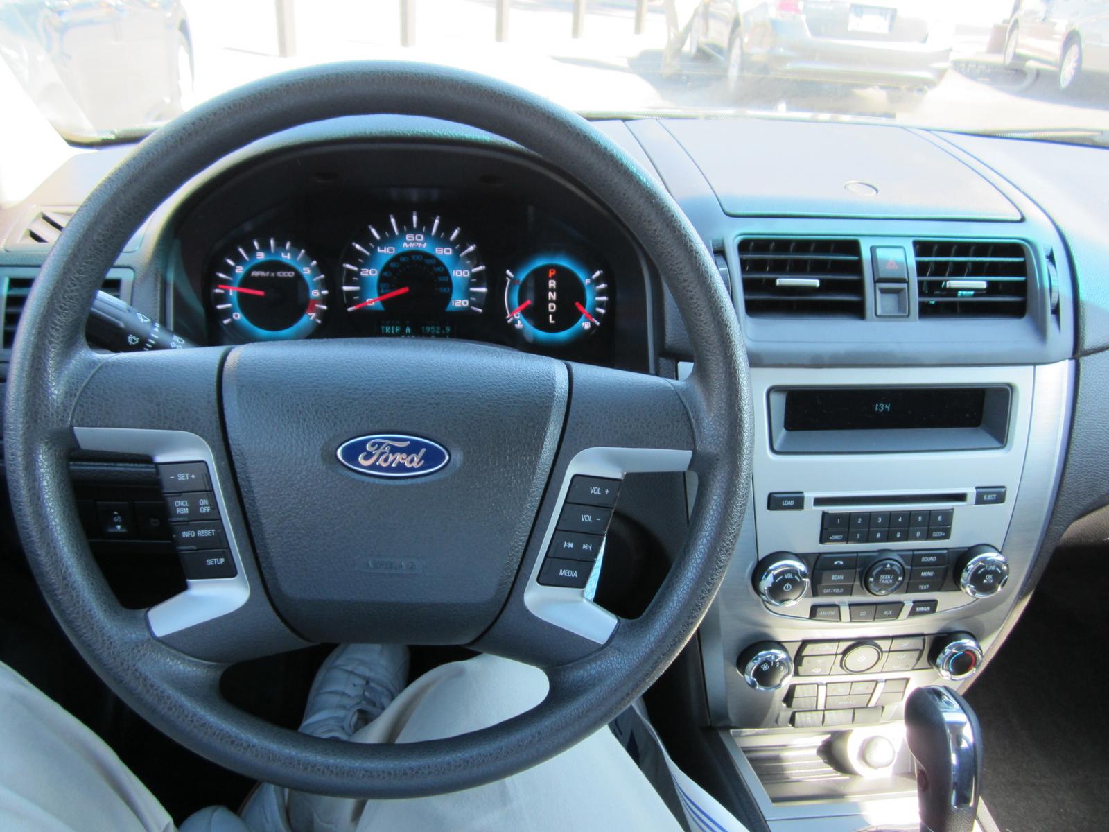 picture of 2010 ford fusion se interior - 2010 Ford Fusion Se Silver