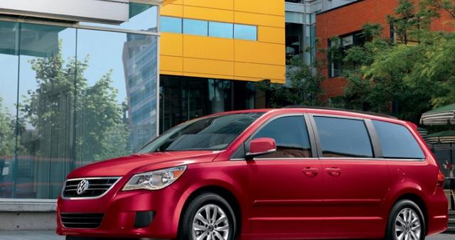 2012 Volkswagen Routan, Side View. , exterior, manufacturer