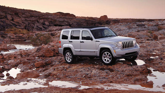 2012 Jeep Liberty, Front quarter, exterior, manufacturer, gallery_worthy