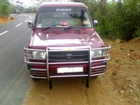2002 Toyota Hilux Overview