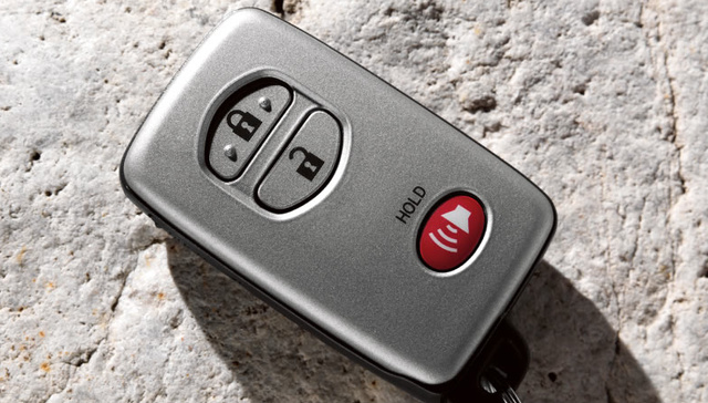 2012 Toyota 4Runner, Close-up of fob., interior, manufacturer