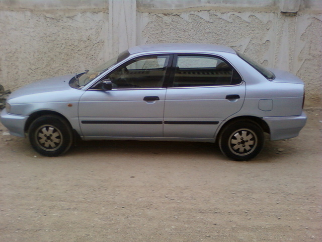 Picture of 2001 Suzuki Baleno