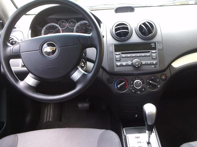 2010 Chevrolet Aveo Interior Pictures Cargurus