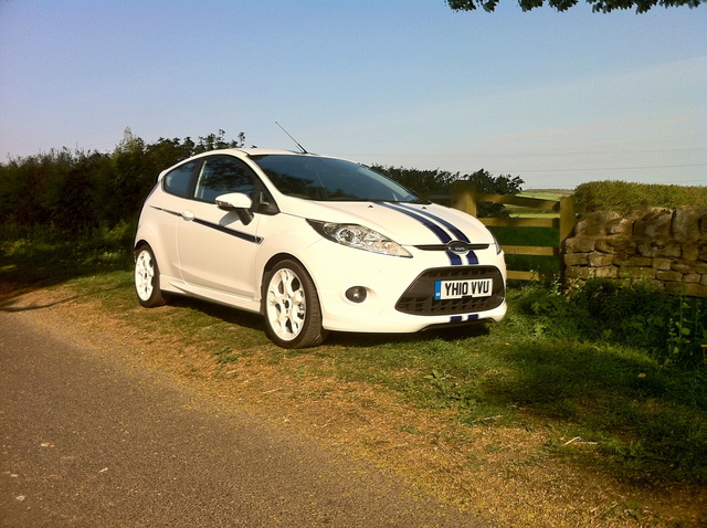 Picture of 2010 Ford Fiesta