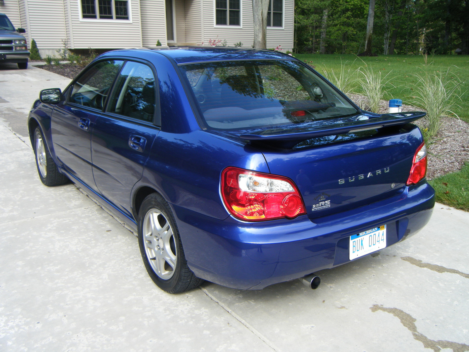 2004 subaru impreza exterior pictures cargurus. Black Bedroom Furniture Sets. Home Design Ideas