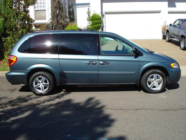 Picture of 2006 Dodge Grand Caravan SXT FWD, exterior, gallery_worthy