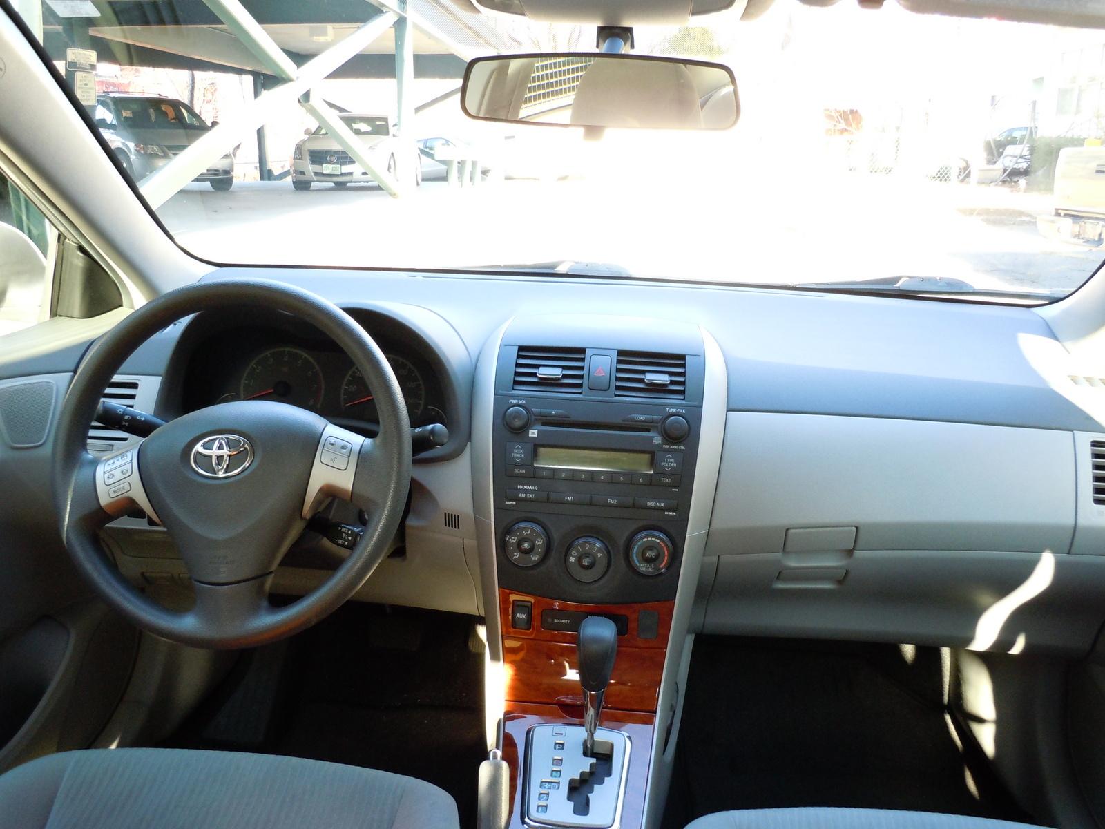 2009 Toyota Corolla Interior Pictures Cargurus