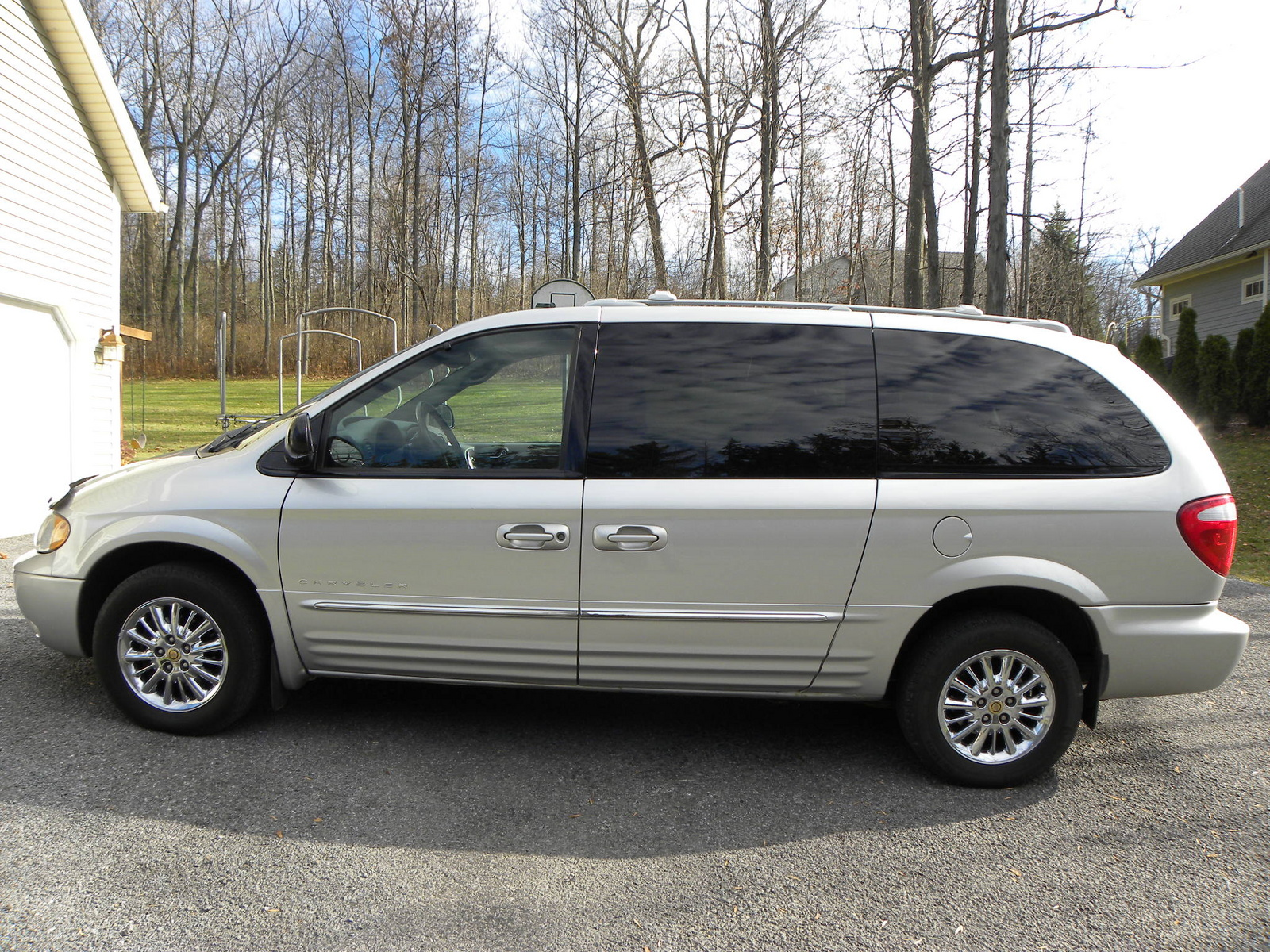 picture of 2001 chrysler town country limited awd exterior. Cars Review. Best American Auto & Cars Review