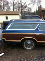 1977 Ford Country Squire Picture Gallery