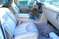 Picture of 2006 GMC Yukon XL Denali 4WD, interior