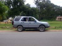 2002 Tata Safari Overview