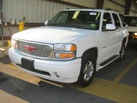 Picture of 2005 GMC Yukon Denali AWD, exterior, gallery_worthy