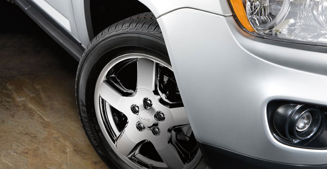 2012 Jeep Compass, Close-up of front tire. , exterior, manufacturer