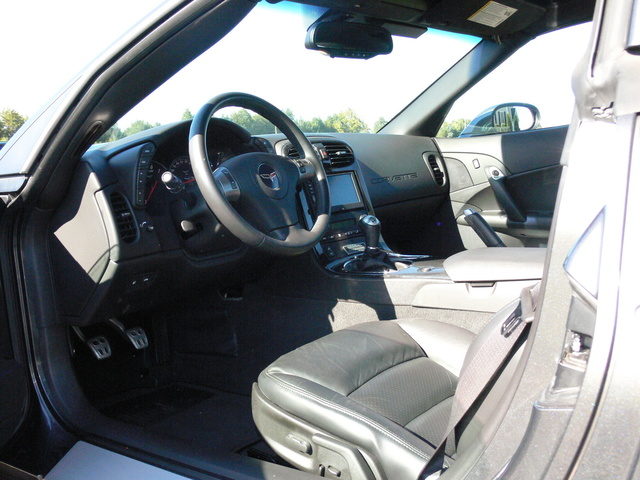 Picture of 2010 Chevrolet Corvette Z16 Grand Sport 1LT Coupe RWD, interior, gallery_worthy