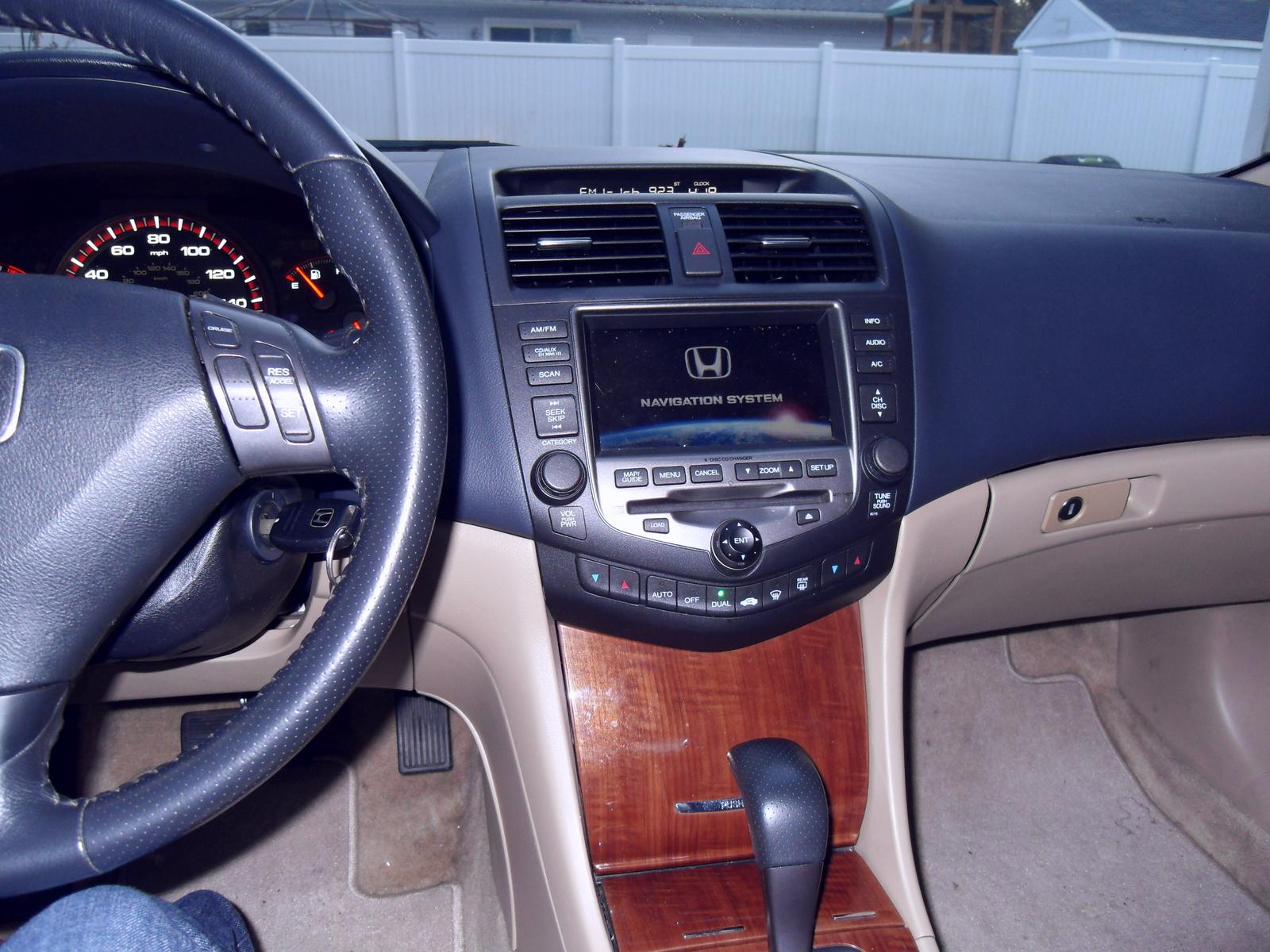 Honda Accord Ex V W Nav Coupe Pic
