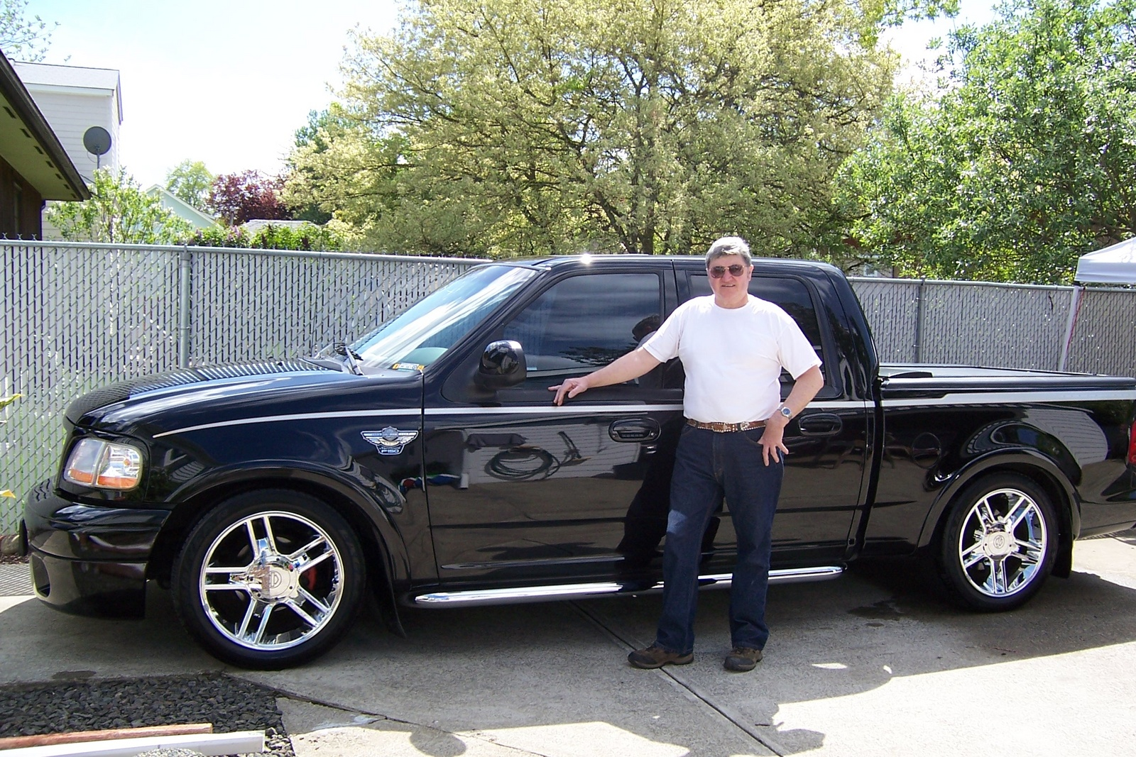 Picture of 2003 Ford F-150 Harley-Davidson Supercharged Crew Cab SB