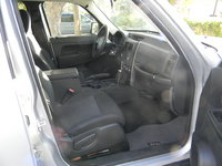 Picture of 2009 Jeep Liberty Sport, interior