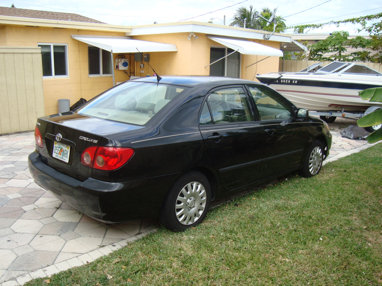2005 Toyota Camry Le Specs