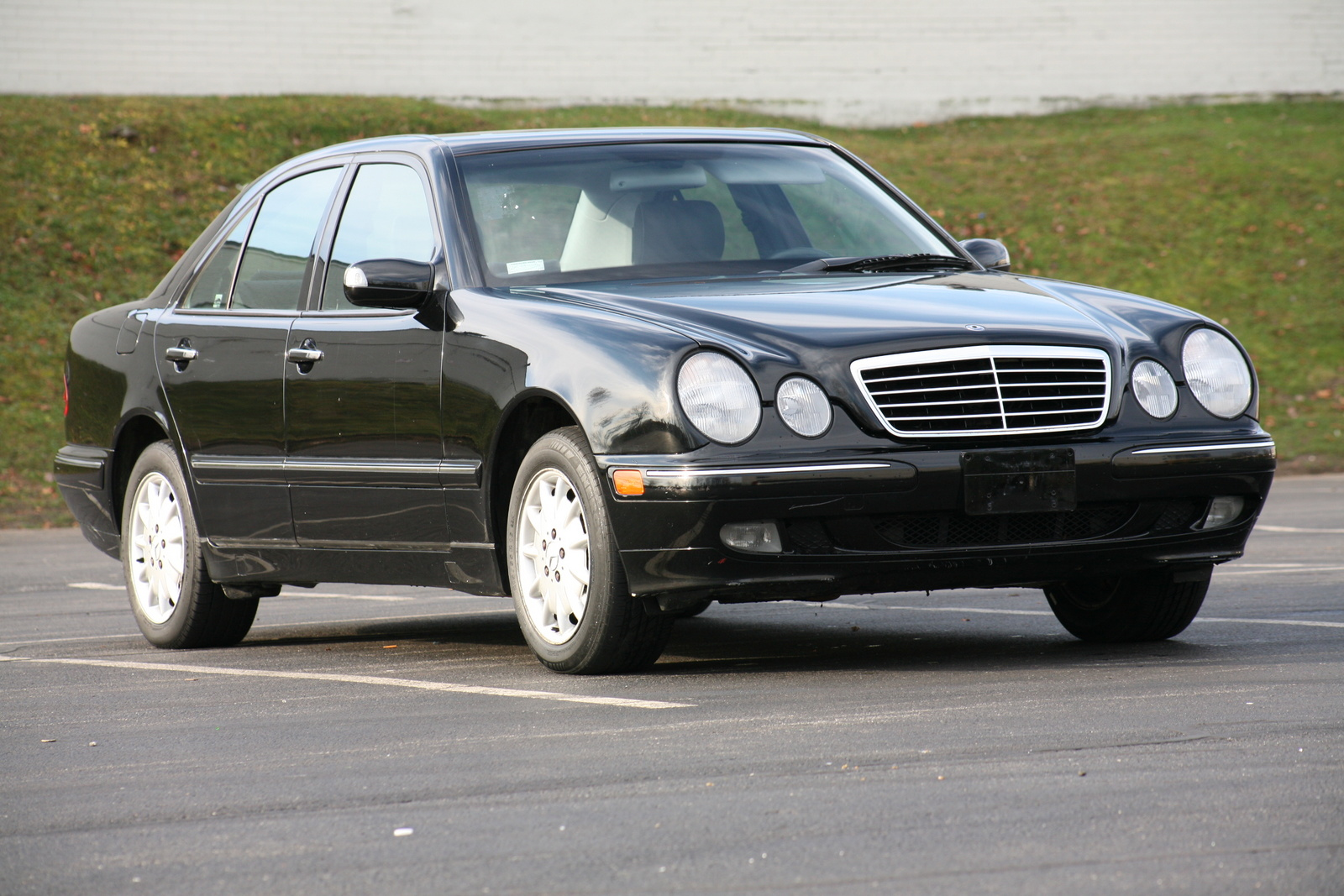 2002 mercedes benz e class pictures cargurus for Mercedes benz suv 2002