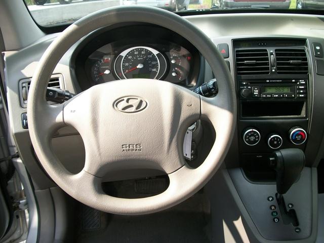 Picture of 2007 Hyundai Tucson GLS FWD, interior, gallery_worthy
