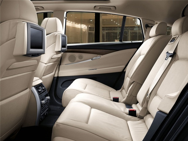 2012 BMW 5 Series Gran Turismo, interior rear full view, interior, manufacturer