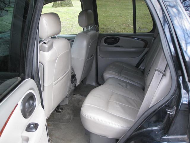2002 Oldsmobile Bravada - Interior Pictures