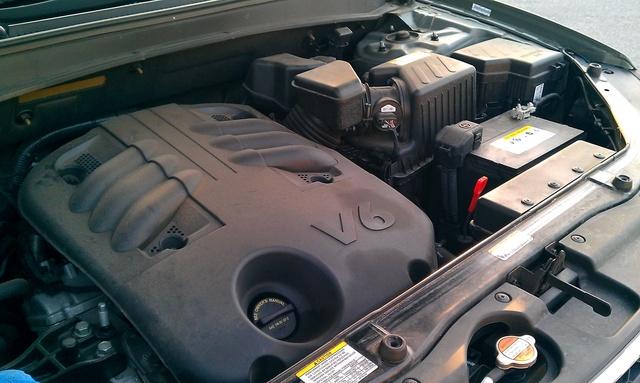 Picture of 2009 Hyundai Santa Fe SE, engine