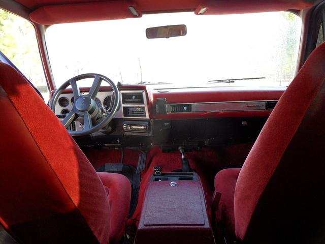 Picture of 1990 Chevrolet Blazer Silverado 2-Door 4WD, interior, gallery_worthy
