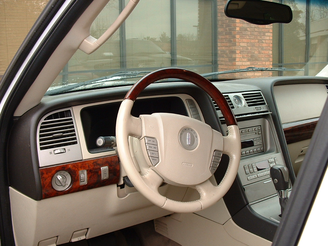 2003 lincoln navigator interior pictures cargurus 2000 lincoln navigator interior
