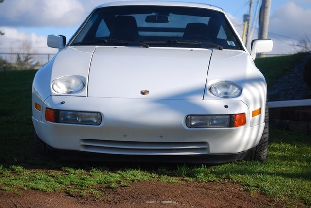 Picture of 1987 Porsche 928