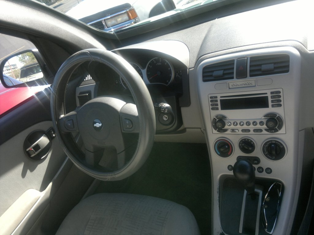 Picture of 2005 chevrolet equinox ls interior images frompo for 2005 chevy equinox interior