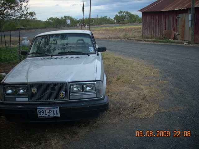 Picture of 1981 Volvo 240