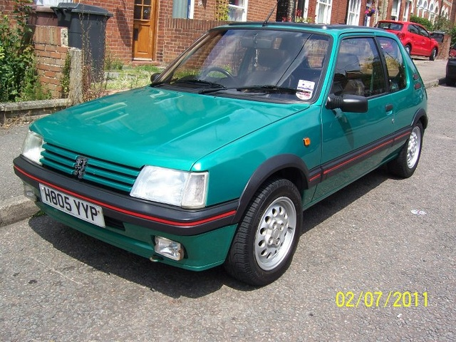 Picture of 1991 Peugeot 205