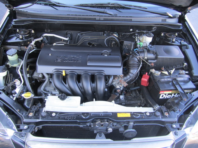 2004 Toyota Corolla - Pictures