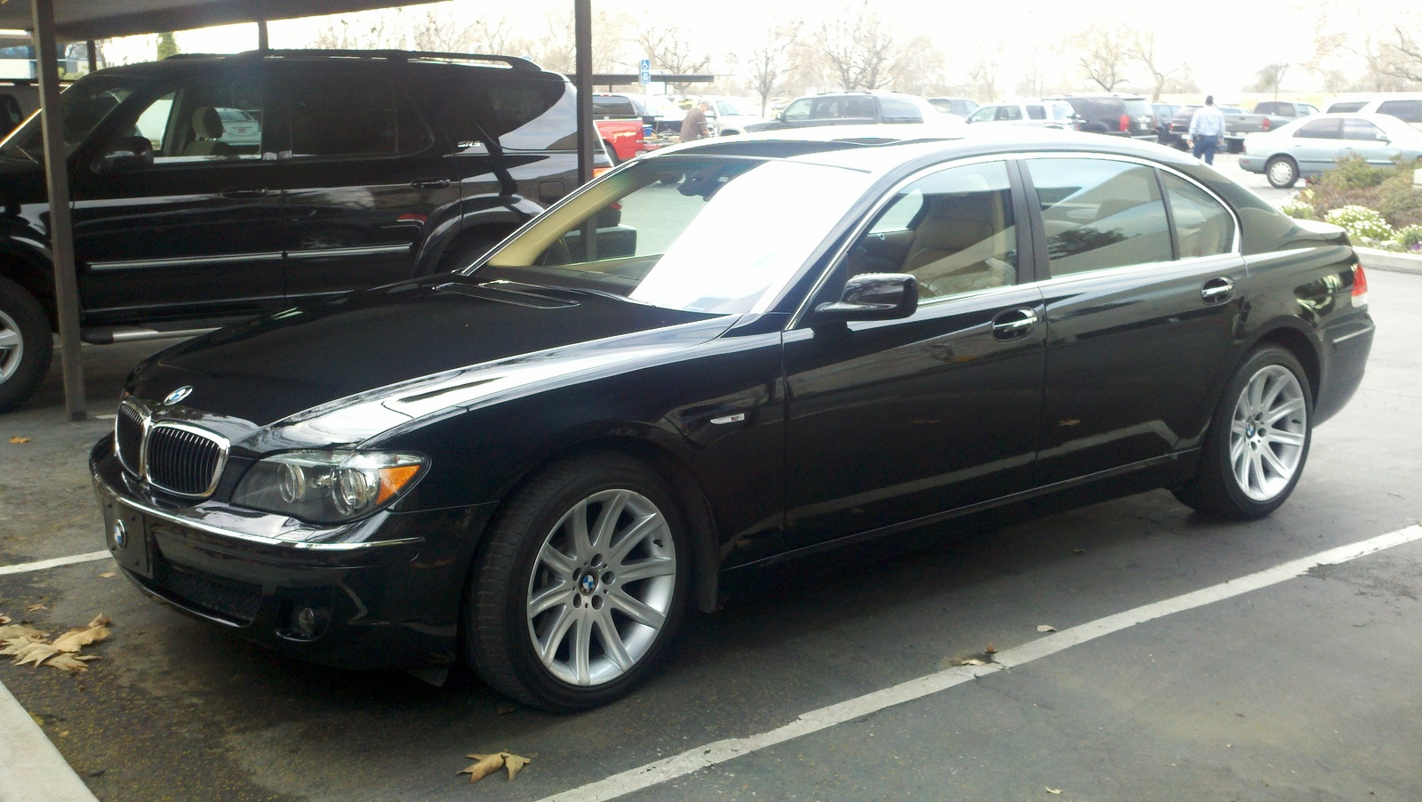 2011 bmw 750 reviews specs and prices autos. Black Bedroom Furniture Sets. Home Design Ideas