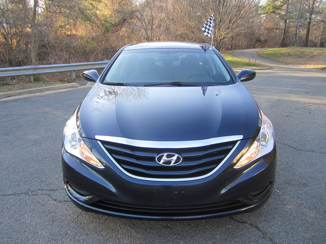 Picture of 2011 Hyundai Sonata GLS, exterior, gallery_worthy